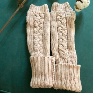 Anthropologie Cable Knit Fingerless Gloves